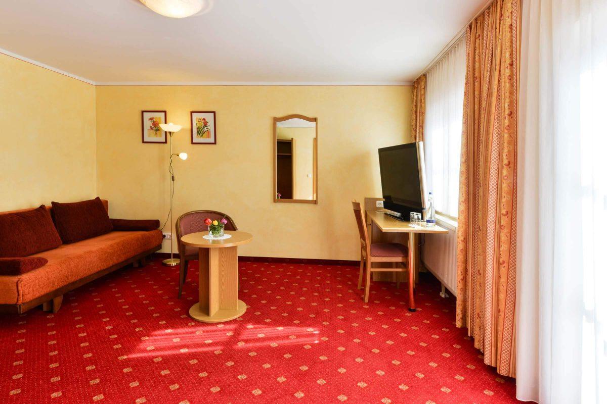Gasthof Mühlwinkl Familienzimmer Wohnzimmer